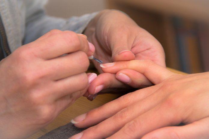 Rosul unghiilor