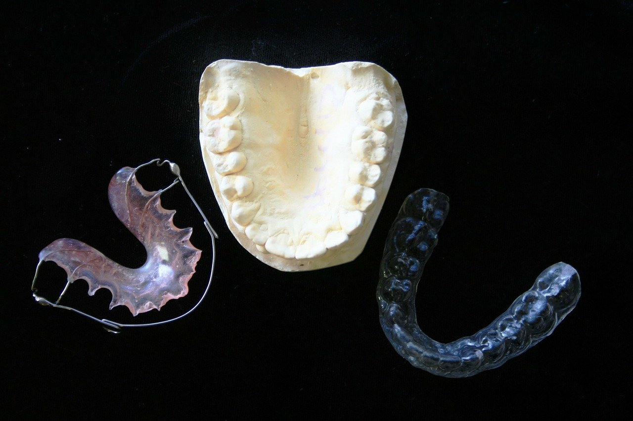 proteze dentare în sector 2