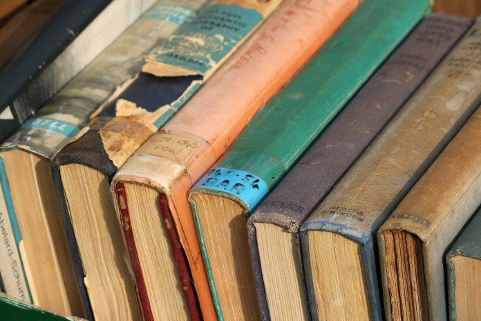 Anticariat din Bucuresti, cumpar carti, Anticariat Bucuresti, Anticariat Online, Anticariat Carti, Carti vechi de vanzare